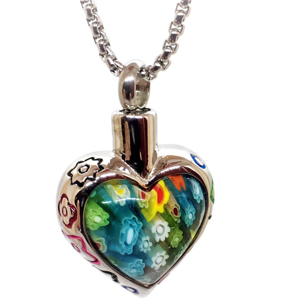 """Design 1601 Colorful Heart SGS., EN, 1"""" H x 1"""" W"""