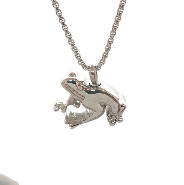 """Design 2518 Frog Pendent SGS, 3/4"""" H x1"""" W"""